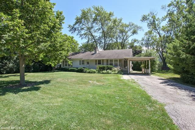 2141 Robincrest Lane, Glenview, IL 60025 (MLS #10255453) :: Leigh Marcus | @properties