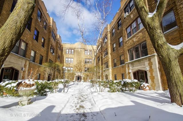 856 W Barry Avenue 3A, Chicago, IL 60657 (MLS #10255715) :: Baz Realty Network | Keller Williams Preferred Realty