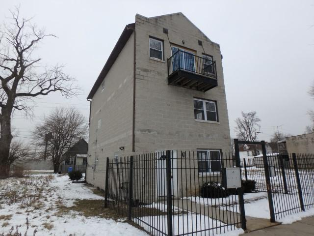 5652 S Lafayette Avenue, Chicago, IL 60621 (MLS #10255979) :: The Dena Furlow Team - Keller Williams Realty