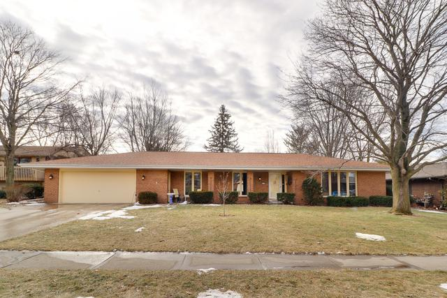2705 Hall Court, Bloomington, IL 61704 (MLS #10256689) :: Janet Jurich Realty Group