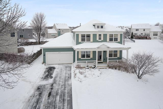 2425 Lindsay Court, West Chicago, IL 60185 (MLS #10256943) :: Baz Realty Network | Keller Williams Preferred Realty