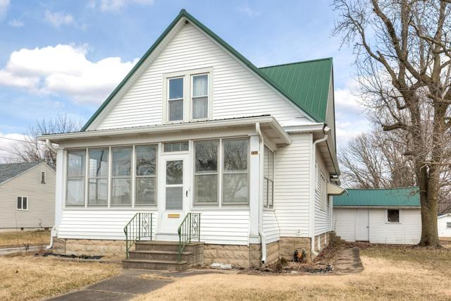 732 N Macon Street, BEMENT, IL 61813 (MLS #10257948) :: Berkshire Hathaway HomeServices Snyder Real Estate