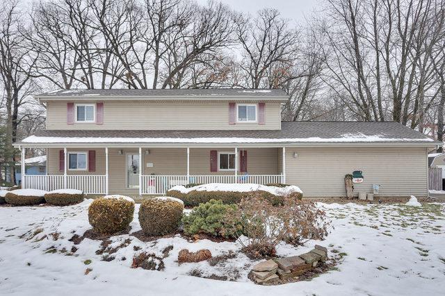 502 W Oak Street, Mahomet, IL 61853 (MLS #10258039) :: The Mattz Mega Group