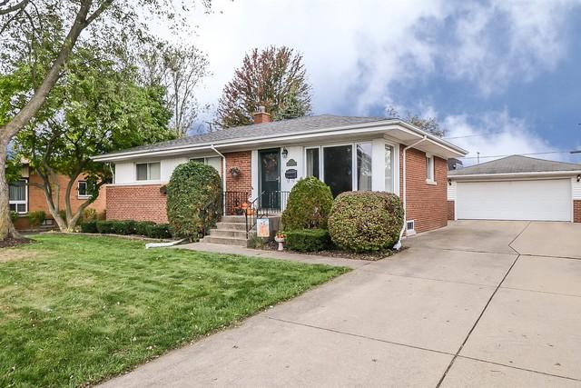 8 S Reuter Drive, Arlington Heights, IL 60005 (MLS #10258181) :: Baz Realty Network | Keller Williams Preferred Realty