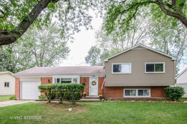 654 Coventry Lane, Crystal Lake, IL 60014 (MLS #10258453) :: The Dena Furlow Team - Keller Williams Realty