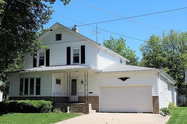 202 E Winfield Street, Morrison, IL 61270 (MLS #10258910) :: Baz Realty Network | Keller Williams Preferred Realty