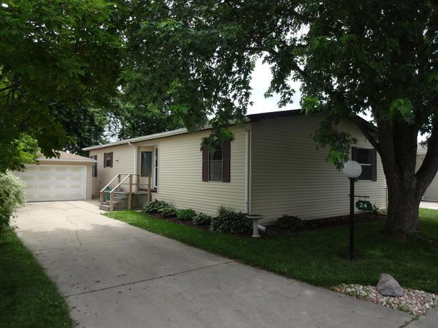 24 Cedar Lane, Sandwich, IL 60548 (MLS #10258918) :: The Mattz Mega Group