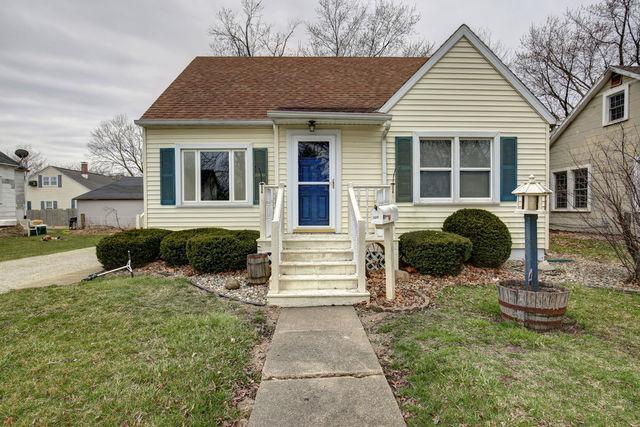 705 N Melvin Street, Gibson City, IL 60936 (MLS #10259318) :: Ryan Dallas Real Estate