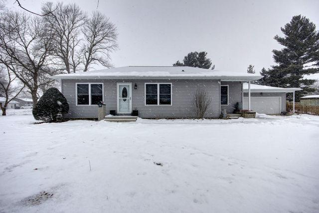 334 S Winter Street, Paxton, IL 60957 (MLS #10259619) :: Baz Realty Network | Keller Williams Preferred Realty