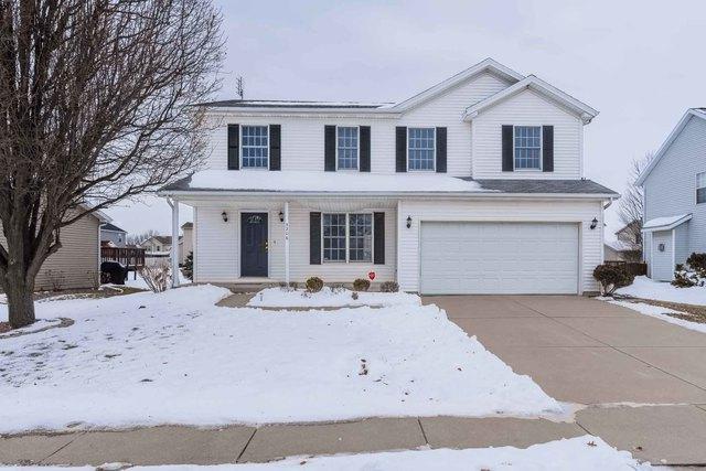 3206 Stonebridge Drive, Bloomington, IL 61704 (MLS #10259984) :: Baz Realty Network   Keller Williams Preferred Realty
