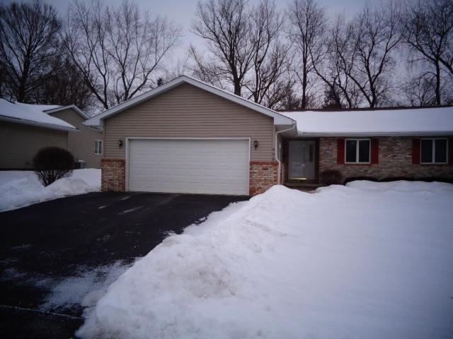 408 S Pearl Street #1, LEROY, IL 61752 (MLS #10260356) :: Berkshire Hathaway HomeServices Snyder Real Estate