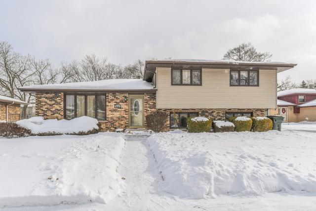 8131 Christeen, Justice, IL 60458 (MLS #10260980) :: The Mattz Mega Group