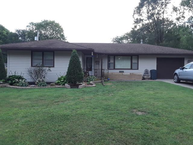 907 S 5th Street, Watseka, IL 60970 (MLS #10261008) :: Baz Realty Network | Keller Williams Preferred Realty