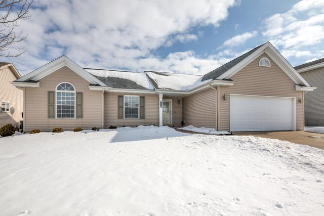 2252 Chase Lane W, Normal, IL 61761 (MLS #10262706) :: Janet Jurich Realty Group