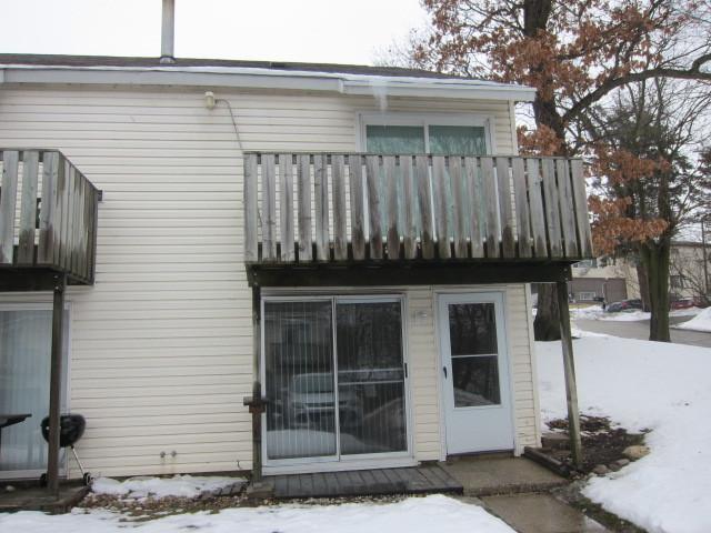 130 Cora Avenue A, Fox Lake, IL 60020 (MLS #10263437) :: Baz Realty Network | Keller Williams Preferred Realty