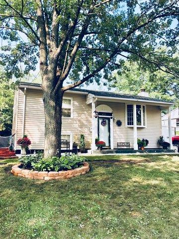 423 E Maple Drive, Glenwood, IL 60425 (MLS #10264056) :: Baz Realty Network | Keller Williams Preferred Realty