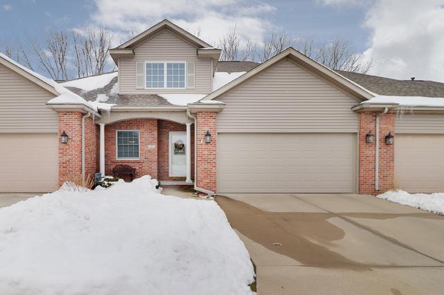 17 Spring Ridge Circle, Bloomington, IL 61704 (MLS #10264176) :: Janet Jurich Realty Group
