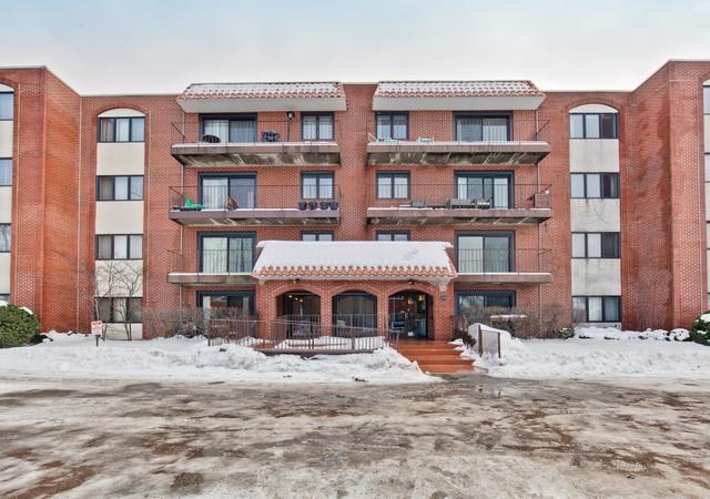 2086 St. Johns Avenue #207, Highland Park, IL 60035 (MLS #10265192) :: Baz Realty Network | Keller Williams Preferred Realty