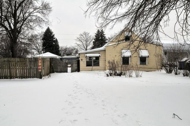 2002 Louis Street, Melrose Park, IL 60164 (MLS #10265578) :: The Mattz Mega Group