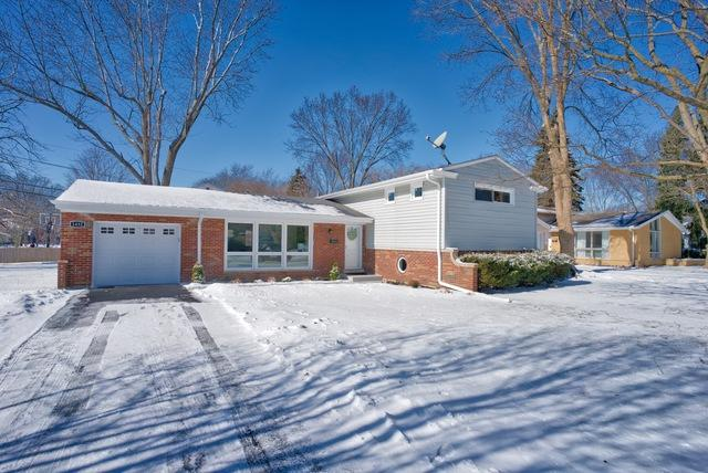 1432 Wescott Road, Northbrook, IL 60062 (MLS #10265755) :: Baz Realty Network | Keller Williams Preferred Realty