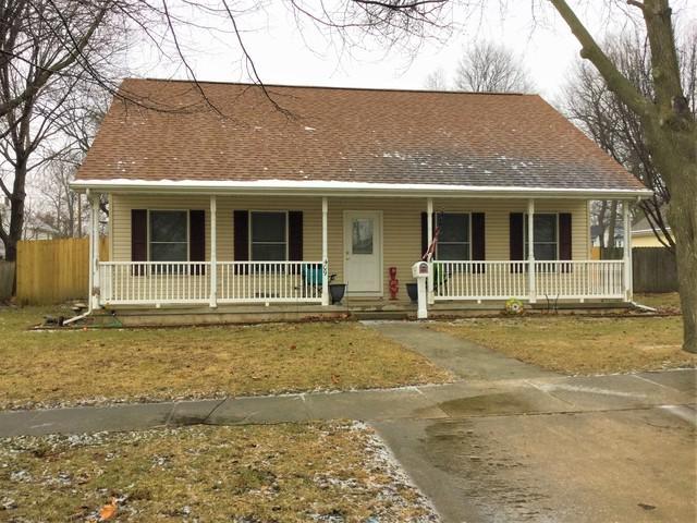 409 E Congress Avenue, Rantoul, IL 61866 (MLS #10266378) :: Ryan Dallas Real Estate