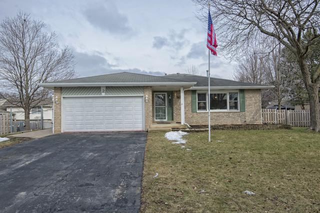 2 Hickory Oaks Court, Bolingbrook, IL 60490 (MLS #10266521) :: The Dena Furlow Team - Keller Williams Realty