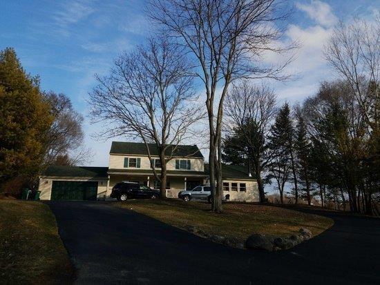 24812 N Cherokee Drive, Lake Barrington, IL 60010 (MLS #10266533) :: The Jacobs Group