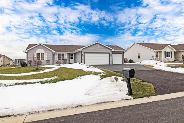 192 Prairie Moon Drive, Davis Junction, IL 61020 (MLS #10267604) :: The Dena Furlow Team - Keller Williams Realty