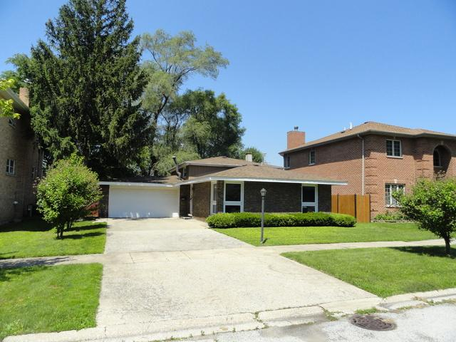 12828 Clinton Street, Blue Island, IL 60406 (MLS #10267878) :: The Mattz Mega Group