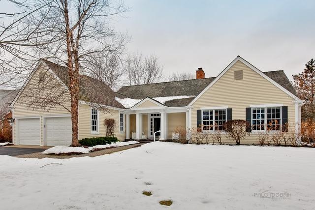 340 Meadow Lake Lane, Lake Forest, IL 60045 (MLS #10267894) :: Ryan Dallas Real Estate