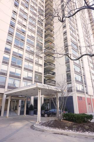 1360 N Sandburg Terrace 2204C, Chicago, IL 60610 (MLS #10268337) :: Baz Realty Network | Keller Williams Preferred Realty