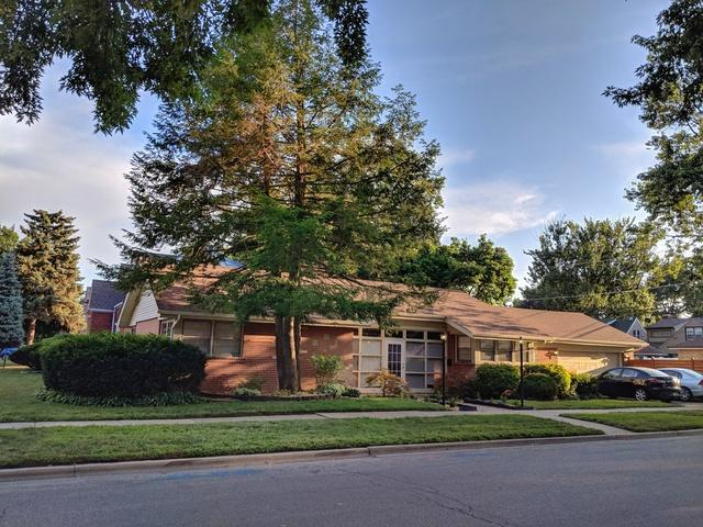 9300 S Central Park Avenue, Evergreen Park, IL 60805 (MLS #10268457) :: Baz Realty Network | Keller Williams Preferred Realty