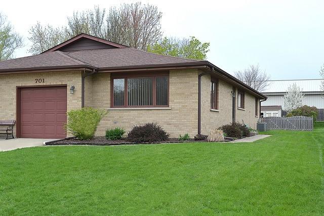 701 S Raven Road, Shorewood, IL 60404 (MLS #10268764) :: Baz Realty Network | Keller Williams Preferred Realty