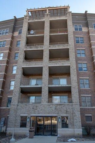 125 Lakeview Drive #405, Bloomingdale, IL 60108 (MLS #10268891) :: Baz Realty Network | Keller Williams Preferred Realty