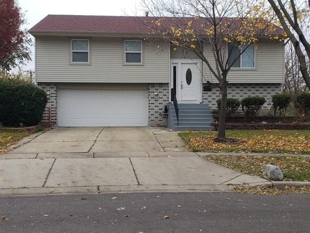 1211 Nippert Drive, Streamwood, IL 60107 (MLS #10269084) :: Baz Realty Network | Keller Williams Preferred Realty