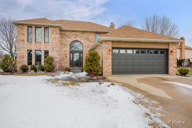 705 Bluegrass Drive, Wheaton, IL 60189 (MLS #10269277) :: Helen Oliveri Real Estate