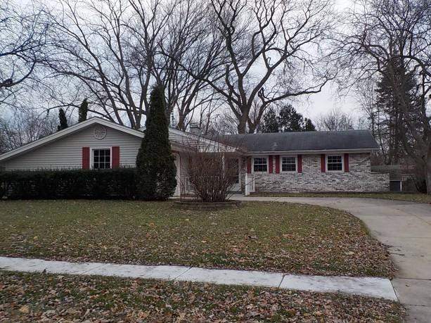 1825 Waban Lane, Schaumburg, IL 60193 (MLS #10269662) :: Baz Realty Network | Keller Williams Preferred Realty