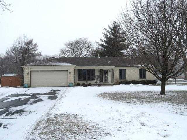 1500 Candlelight Lane, Sterling, IL 61081 (MLS #10269819) :: The Dena Furlow Team - Keller Williams Realty