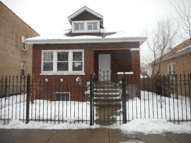 2238 N Lawler Avenue, Chicago, IL 60639 (MLS #10269973) :: The Dena Furlow Team - Keller Williams Realty