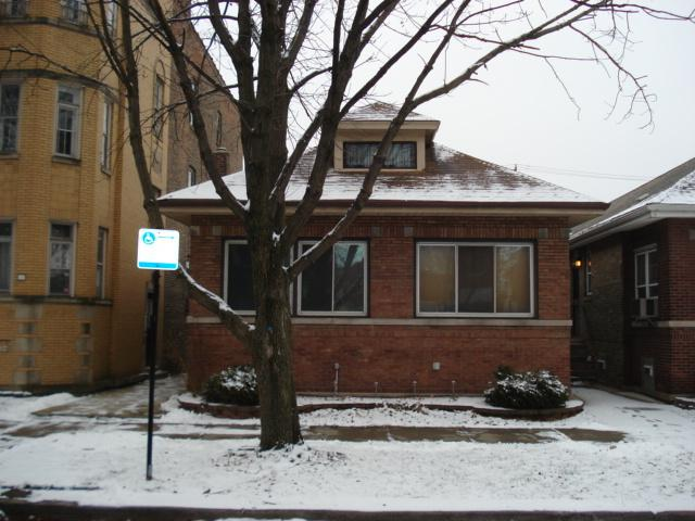 7630 S Cornell Avenue, Chicago, IL 60649 (MLS #10270074) :: The Dena Furlow Team - Keller Williams Realty