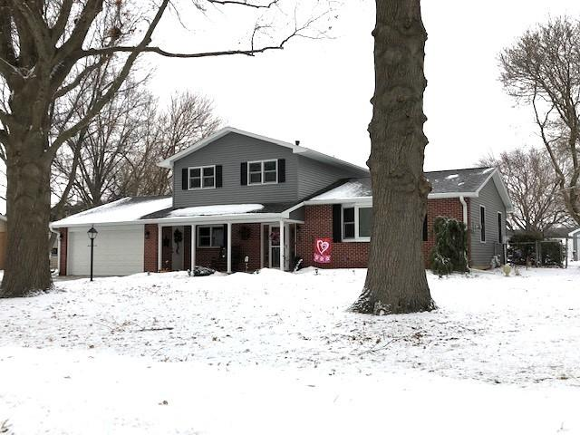3504 15th Avenue, Sterling, IL 61081 (MLS #10270646) :: The Dena Furlow Team - Keller Williams Realty