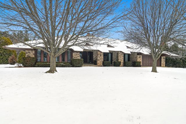 664 Camelot Drive, Burr Ridge, IL 60527 (MLS #10270722) :: The Wexler Group at Keller Williams Preferred Realty