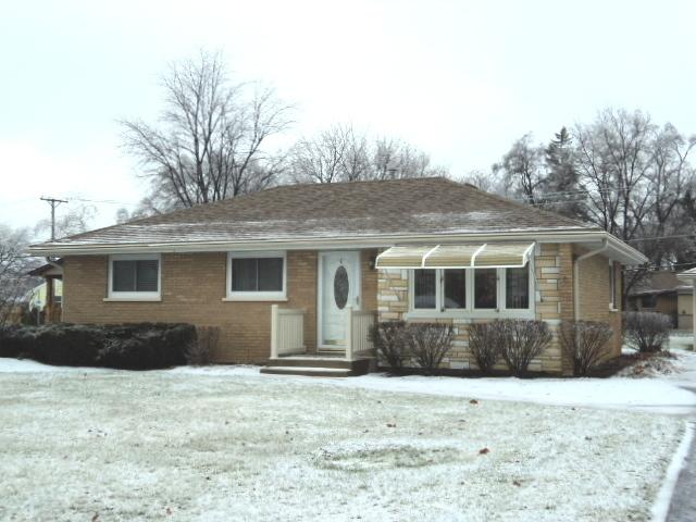 8125 S 83rd Court, Justice, IL 60458 (MLS #10270807) :: Baz Realty Network | Keller Williams Preferred Realty