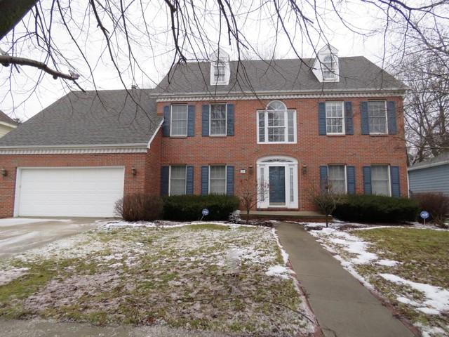 20 Downing Circle, Bloomington, IL 61704 (MLS #10270841) :: Berkshire Hathaway HomeServices Snyder Real Estate