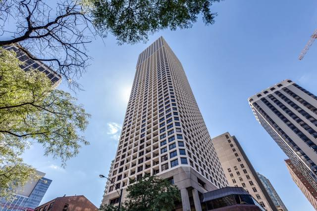 1030 N State Street 7C, Chicago, IL 60610 (MLS #10270983) :: Baz Realty Network   Keller Williams Preferred Realty