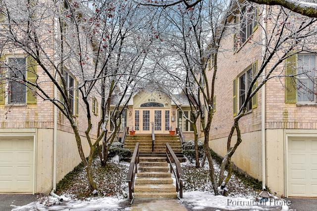 540 Pershing Avenue I, Glen Ellyn, IL 60137 (MLS #10271227) :: The Wexler Group at Keller Williams Preferred Realty