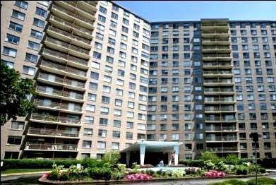 7061 N Kedzie Avenue #1413, Chicago, IL 60645 (MLS #10271274) :: The Dena Furlow Team - Keller Williams Realty