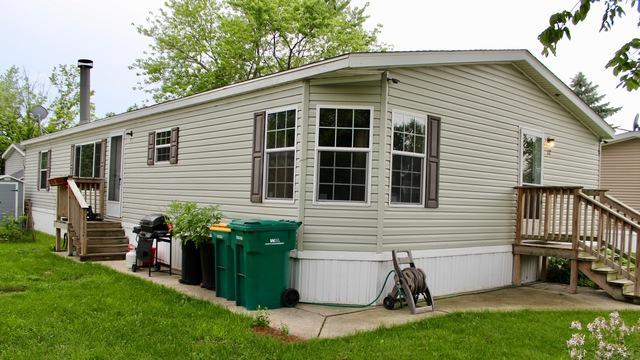 12 Cherry Street, Minooka, IL 60447 (MLS #10271688) :: Baz Realty Network | Keller Williams Preferred Realty