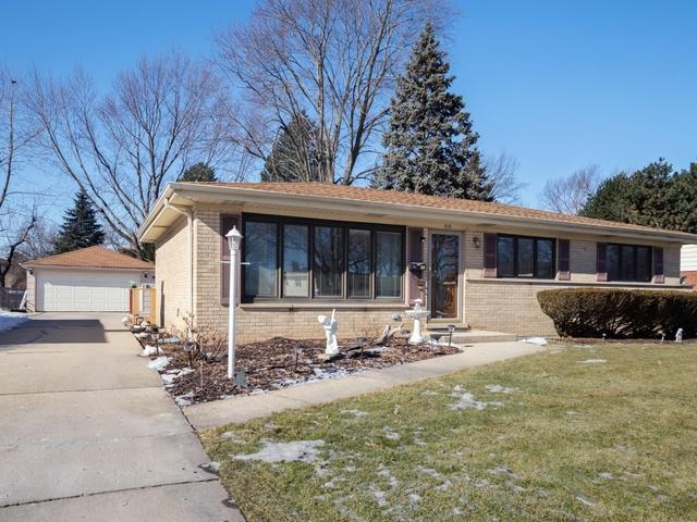 512 S Deborah Lane, Mount Prospect, IL 60056 (MLS #10271747) :: Helen Oliveri Real Estate