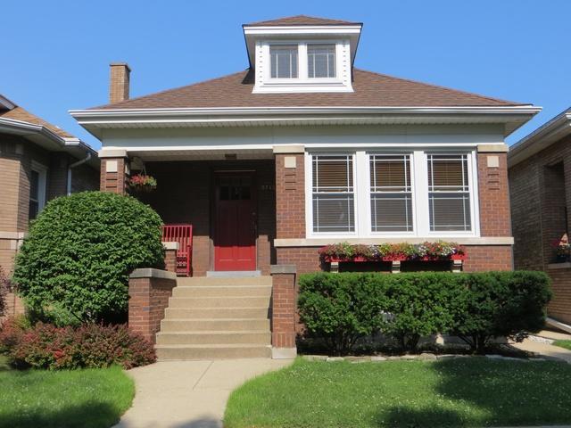 5713 N Rockwell Street, Chicago, IL 60659 (MLS #10271932) :: Baz Realty Network | Keller Williams Preferred Realty